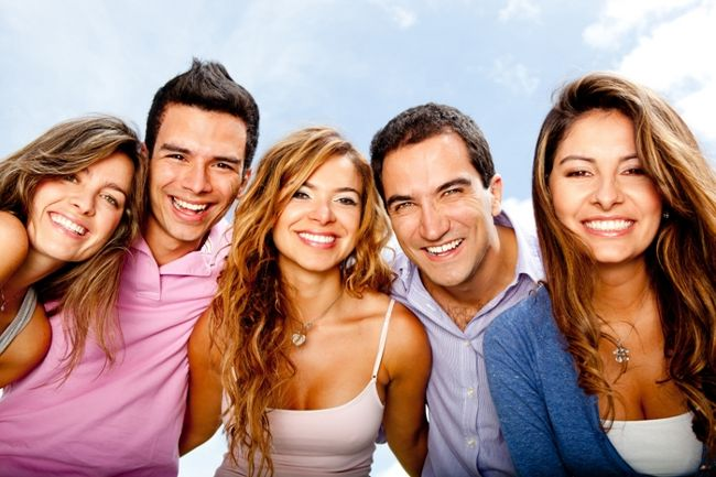 amigos-juntos-felices